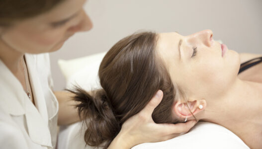 Chiropractor cervical adjustment for neck pain
