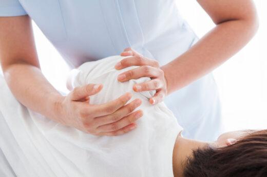 Chiropractor shoulder treatment in Montreal